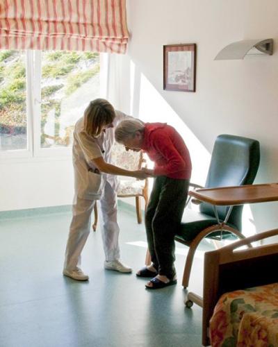 Comment les généralistes sont-ils impliqués dans le choix d'une maison de retraite ?